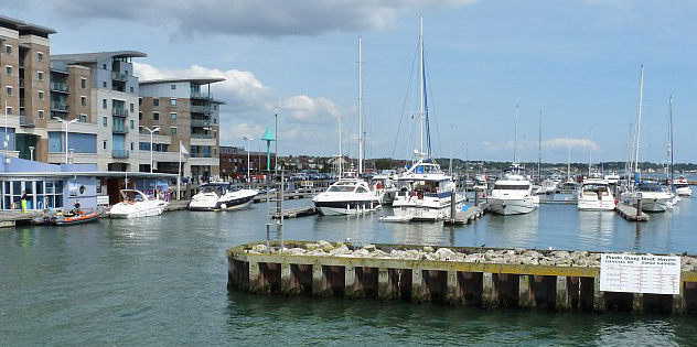 Poole_quay_boat_haven